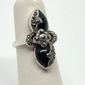 🆕Vintage Sterling, Black Onyx & Marcasite Ring